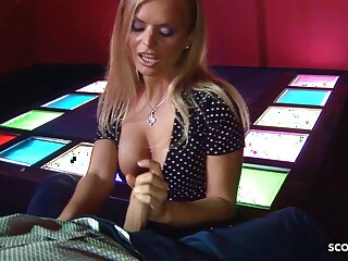 Real Lapdance, MILF Dora Talked Purchase Sexual congress Without A Condom By Client