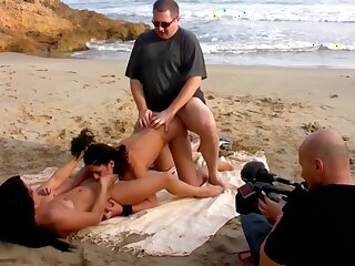 German hot amateur porn film over - outdoor coition