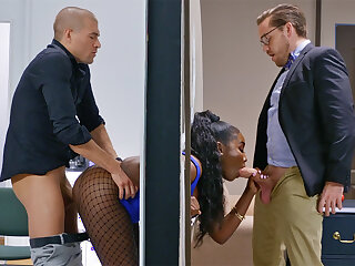 Insatiable bosses depopulate stuck bootylicious dark-hued in the wall